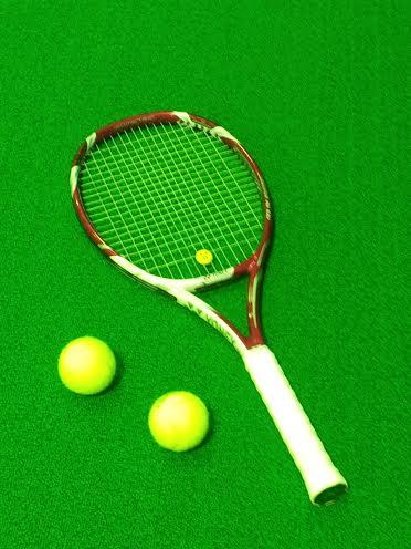 テニスラケット、VーCOREXi100(VコアXi100)使用した感想、評価