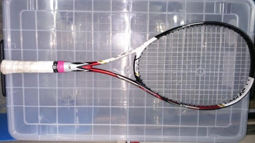 ソフトテニスラケット、ヨネックスレーザーラッシュ7s使用者の感想と評価
