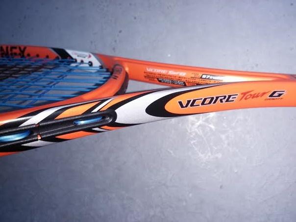 ヨネックスYONEXテニスラケット VコアツアーGを使用した感想と評価